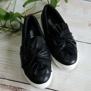 Mia Slip On Sneakers Black Sz 8